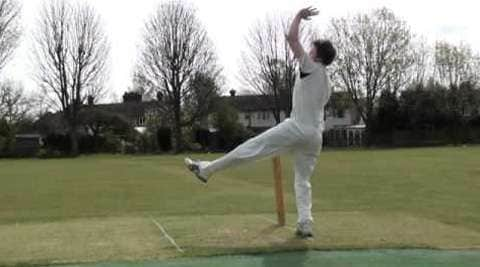 Cricket - Out-swing and In-swing
